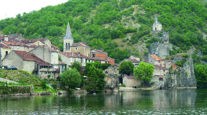 lot-village