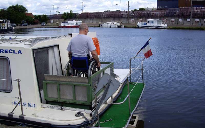 Voyage et Handicap : Les vacances en bateau, c'est aussi pour les personnes à mobilité réduites (pmr)