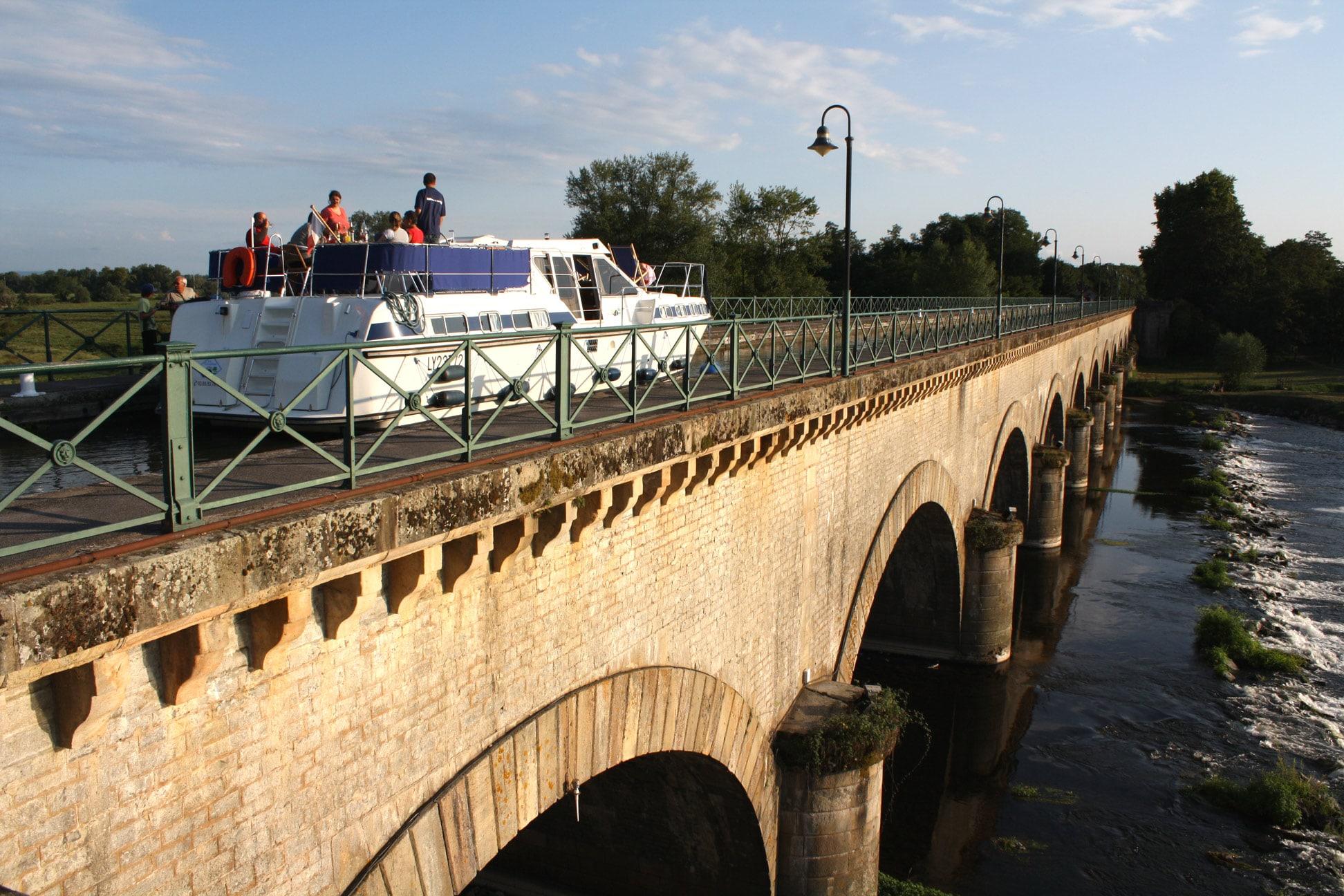 La croisière fluviale au départ de Digoin