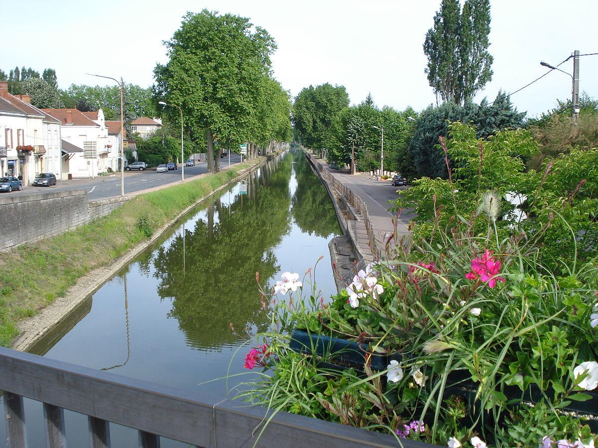 Petites histoires de construction des canaux en France