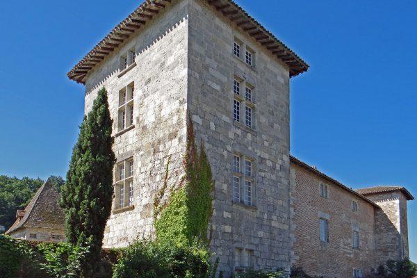 Le château de Lustrac