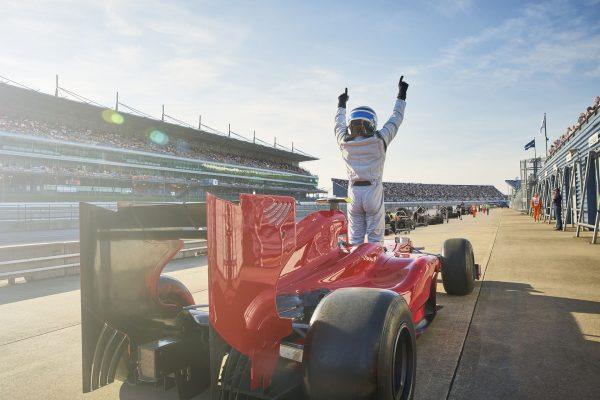 Das 24-Stunden-Rennen von Le Mans, willkommene Abwechslung zum geruhsamen Hausbootrhythmus