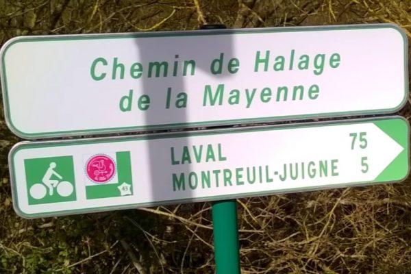 Le chemin de halage au bord de la Mayenne