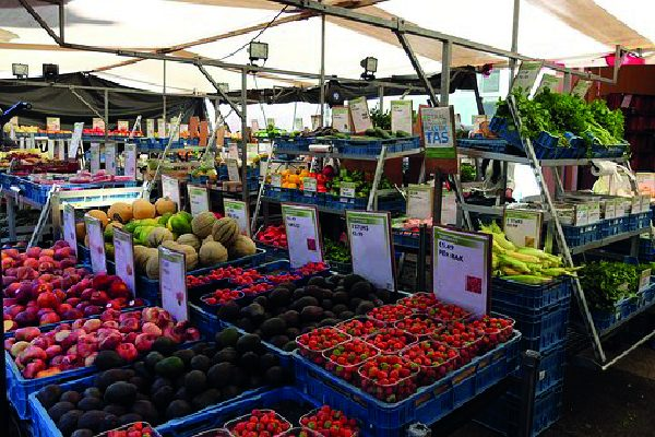 Gourmet markets in July and August