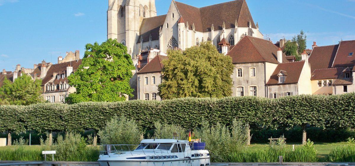 Burgundy: Nivernais—Morvan—Loire—Loiret