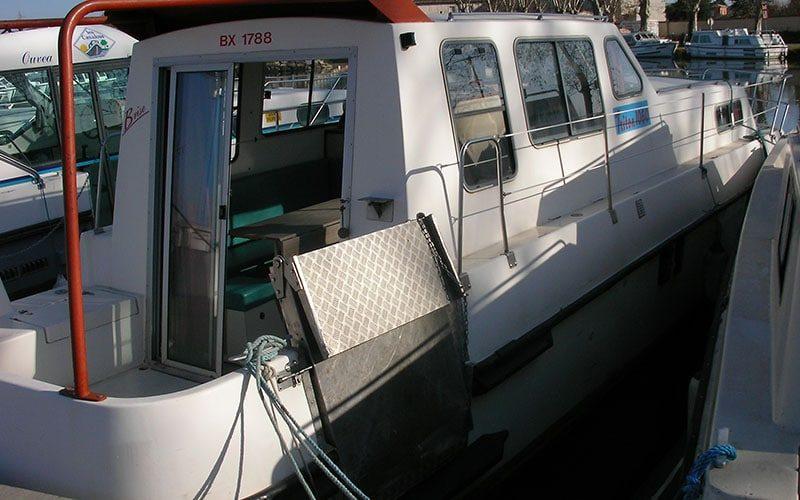 Triton 1060 Handy